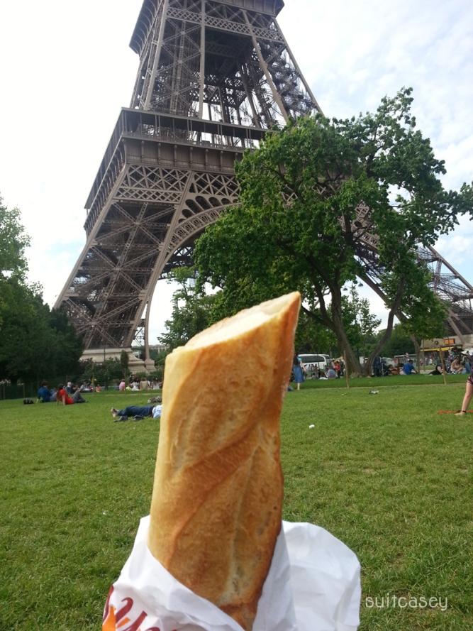 paris-baguette-suitcasey