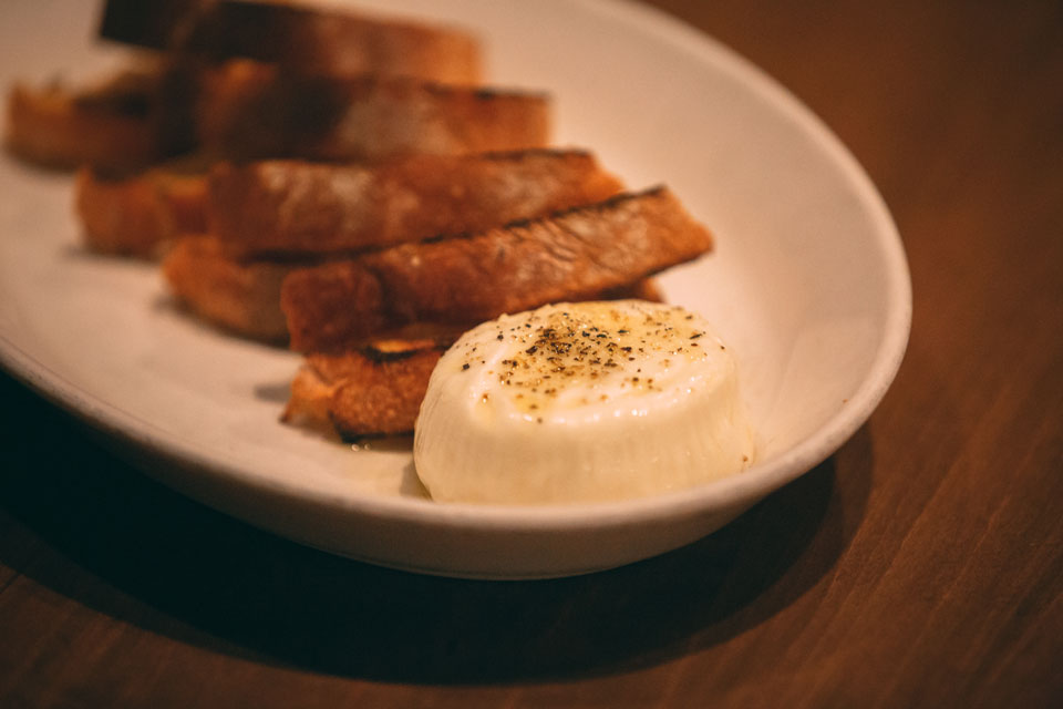 burrata-and-cibatta